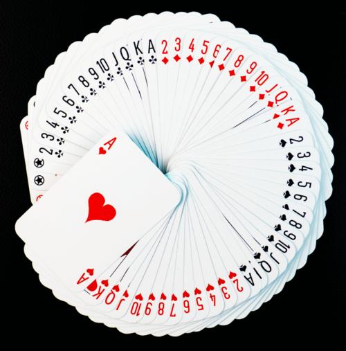 Vedenkestävät pelikortit